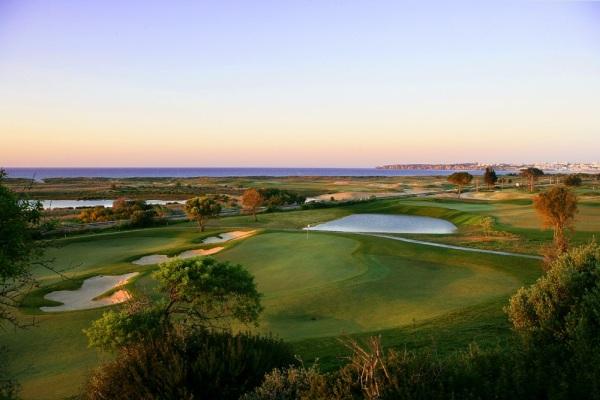 Onyria Palmares Golf & Beach Resort perto do Lago Algarve