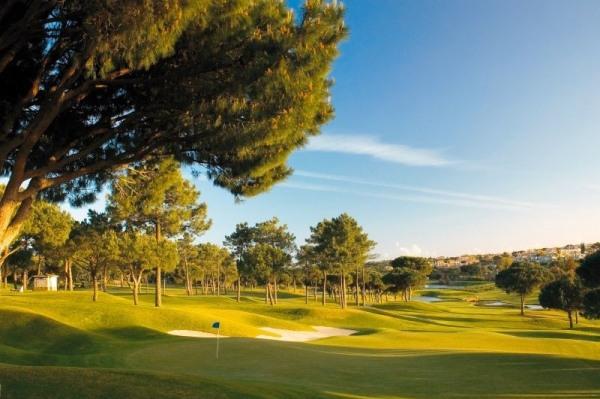Pinheiros Alto um golf resort no Algarve