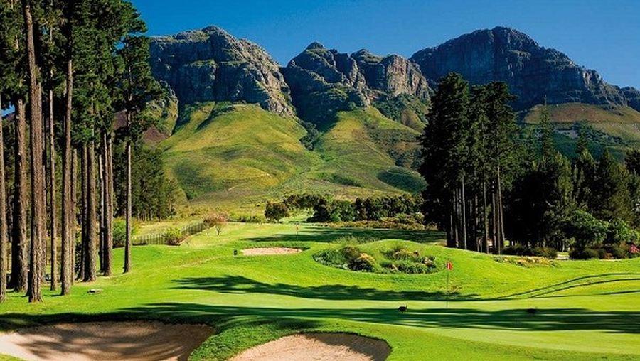 O Erinvale Golfclub no Stellenbosch em Africa do Sul