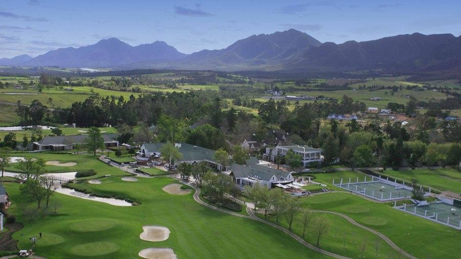 O Fancourt Golf Resort possui 3 campos de golfe