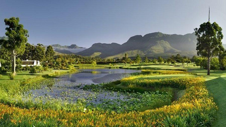 O Outeniqua está um campo do Fancourt Golf & Spa resort.