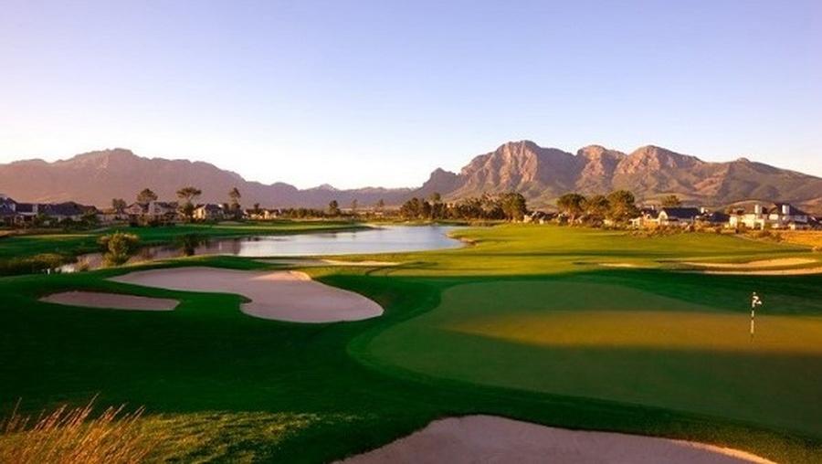 O Pearl Valles Golf resort está o campo desenhado por Jack Nicklaus
