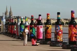 Bordeaux com apresentação dos vinhos