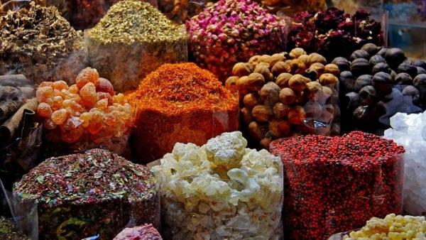 souks-abu-dhabi-mercados
