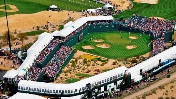 O WM Phoenix Open no TPC Scottsdale no buraco 16