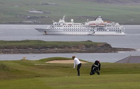 Expedição de golfe com cruzeiro