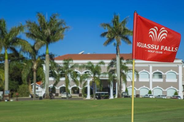 A entrada do Wish Resort Golf & Convention