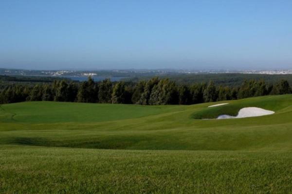O campo de golfe Guardian Bom Sucesso