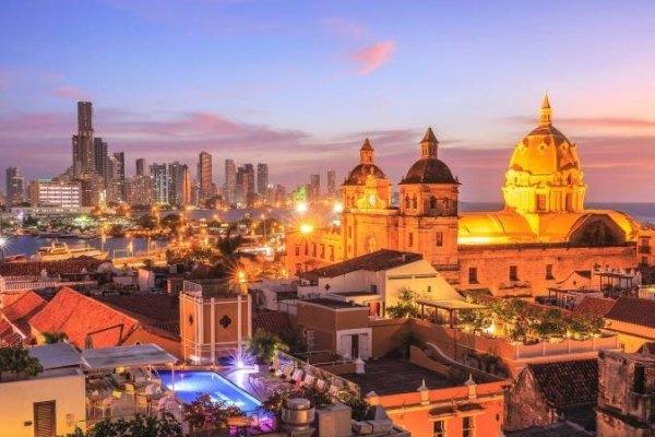 Cartagena de noite - Colombia