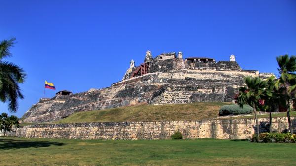 O castillo San Felipe de Barajas esta na Cartagena - Colombia