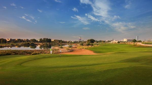 O Arabian Ranch, um campo de golfe como um oásis no deserto