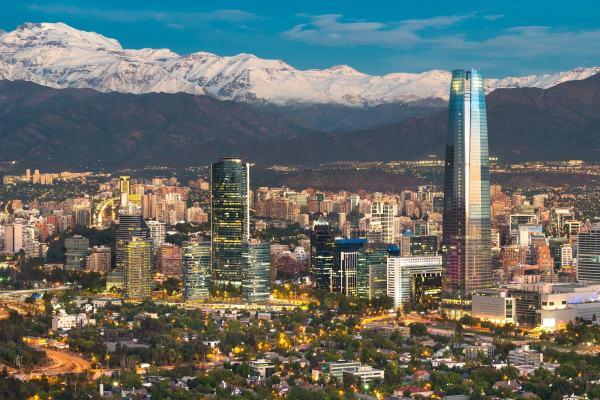 a vida noturna em Santiago do Chile é muito famosa